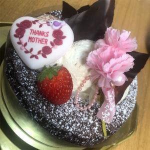 【🐖母の日:ケーキ】