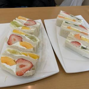 京都の街を歩き疲れたら、フルーツサンド食べて元気になろう【ヤオイソ烏丸店】
