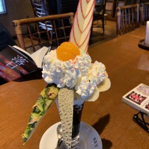 十和田でパフェが有名なドライブイン イッシンで夕方お茶してきた