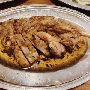香川の隠れ名物「骨付鳥」の有名店一鶴で親子もろともごちそうになりました