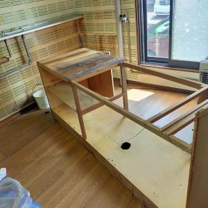 キッチン解体、玄関プチDIY、廃材処理など