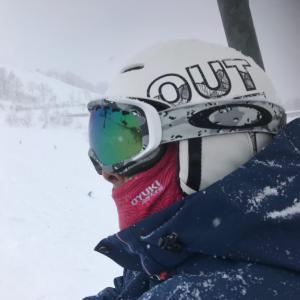 スキーインストラクター 峯嵜さん
