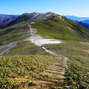 近くにあった天国の稜線・霧氷の平標山・仙ノ倉山を歩く