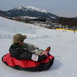 ソリだけじゃない!?ゲレンデで楽しめる障害者用スキー。プロモは猛スピード!!