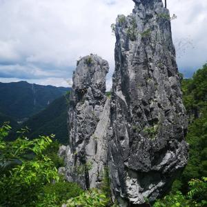 ツーリングメンバーと岡山県 羽山渓、夫婦岩へ