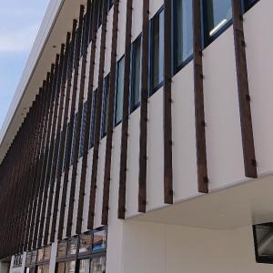 新しい「倉吉市役所第2庁舎」は、懐かしい旧「ホテイ堂」!