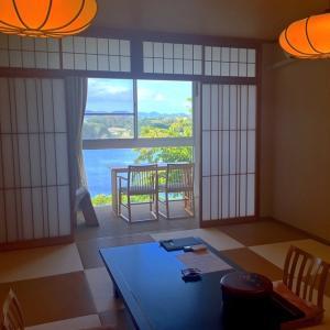 海辺の宿シリーズ: 油壺の旅 1日目 部屋の窓から海!「ホテル京急油壺 観潮荘」