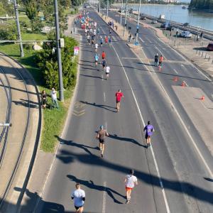 WIZZ AIR BUDAPESTハーフマラソン
