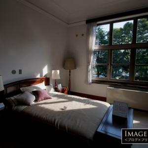 シンプルな中に優美さのあるイギリス館〜2Fの寝室
