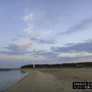 「ブルーサンビーチ」長さ400mの人口砂浜