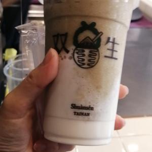 【台南美食】双生の「綠豆沙珍珠牛奶」が爆発的人気
