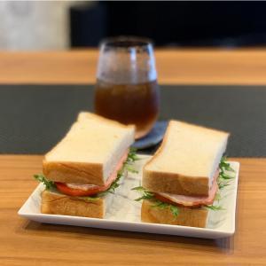 おいしいハムと軽井沢のりんごジュース