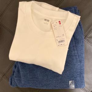 シンプルで着心地◎ユニクロのセールTシャツ&パンツ