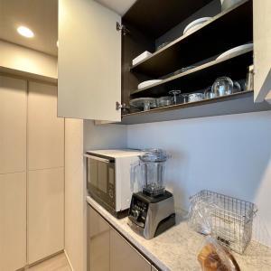 和食器と洋食器を分けてすっきり!難あり食器棚の整頓