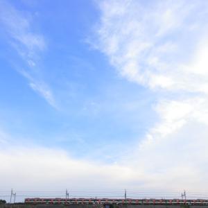 都営5500形、テレワークの翌日は大きな空のもとで撮りたくなりますw
