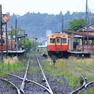 小湊キハ200、一番列車始動前の午前5時の上総牛久の光景