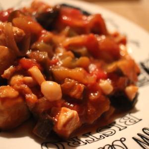 【低脂質レシピ】鶏胸肉とナスのトマト缶煮込み