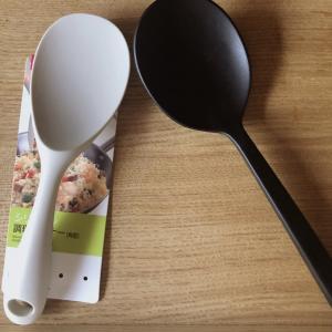 無印の調理スプーンに激似!ダイソーのシリコン調理ターナを徹底比較