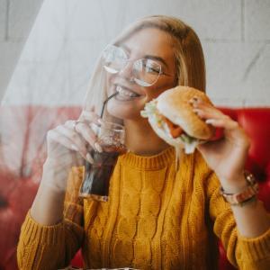 【ハワイ】創業40年以上!ノースショア発祥の伝説のハンバーガーを紹介!
