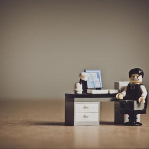【悲報】みずほに業務改善命令 金融庁「システムはウチで管理するわ!オイタしてると潰すわよっギュッ」  [509689741]
