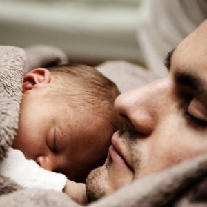 子どもをパパにまかせて出かけたいママ必見!パパが子供を寝かしつける方法