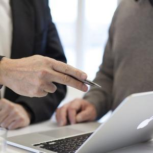 サラリーマン フリーランス 収入源を増やすために実践した経験談