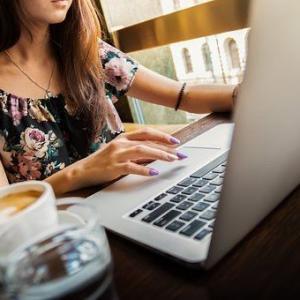 女性社員への業務指導