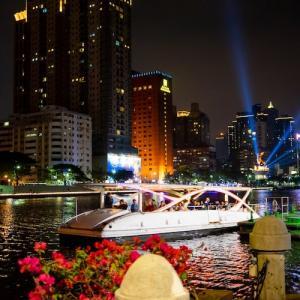台湾高雄 愛河の夜景が素敵なナイトクルーズ「愛之船」に乗ってきたよ