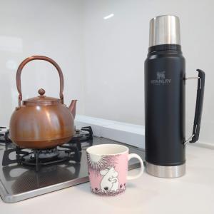 コーヒーを減らしてお茶を飲む
