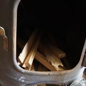 やっぱ暖かいわ!・・・薪ストーブ今季初火入れ式