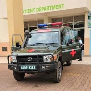ウガンダの救急車カッコいい‼️ 搬送されたくは、無いが運転してみたいかも。