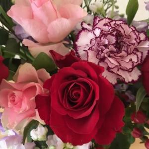 赤バラで還暦お祝い