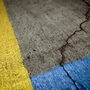 土木構造物のコンクリートひびわれ補修工法について