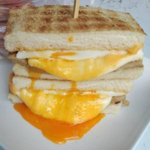 「可蜜達」  チーズトーストの人気店