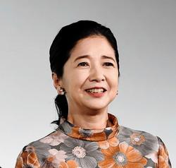 宮崎美子(女優)ミノルタ動画61歳ビキニ姿に「綺麗すぎる」?