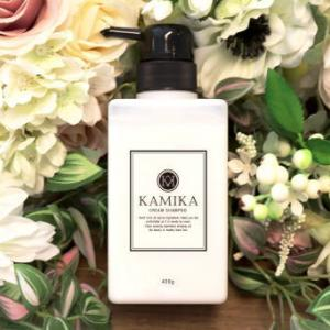 """【KAMIKA/カミカ】白髪や抜け毛もケア出来る!""""泡立たない""""オールインワン黒髪クリームシャンプー"""