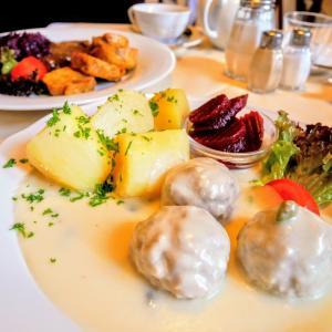 【ドイツ・ベルリン】落ち着いた雰囲気でドイツ料理が楽しめるレストラン『KAFFEESTUBE』に行ってみた!