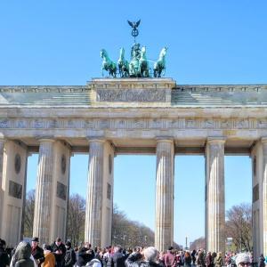 【ドイツ・ベルリン】平和の象徴『ブランデンブルク門』に行ってみた!