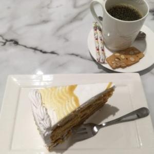 Caffe Gino スリアKLCC店で一息。