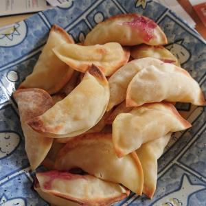 餃子の皮で、なんちゃってアップルパイ