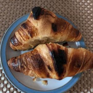 焦げ焦げでも美味しい。焼きたてクロワッサン ピカール