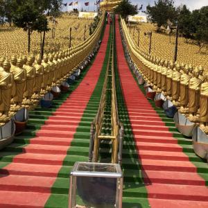チアフルスマイルでBUDDHA KIRI CAMBODIAに仏像を寄進