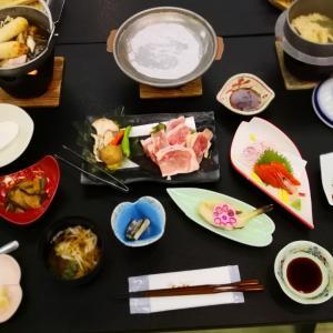 姫の湯ホテルの夕食と朝食 ミニ博物館 日本海の風景