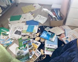 散らかり放題の息子の部屋が汚い