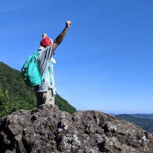 【うつくしま百名山】会津に住むおじさんがシルバーウィークに霊山(825m)に登った話。【奇岩と多くの歴史を秘めた霊峰】
