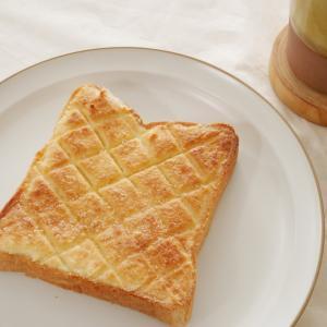 【食パンアレンジ】簡単メロンパントーストの作り方・レシピ