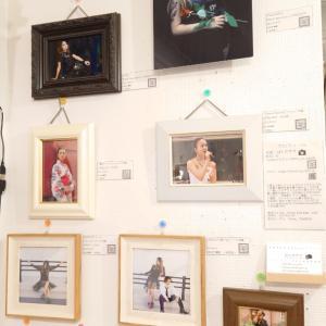 美人画マルシェの展示作品解説
