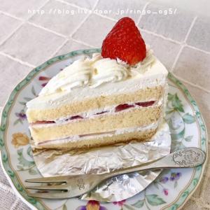 お菓子の田園の苺ショートケーキ♪