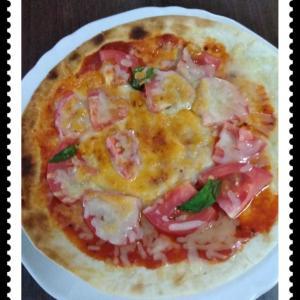 日曜日、朝からピザ。