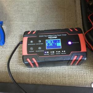 十分満足 Amazonで購入したバッテリー充電器